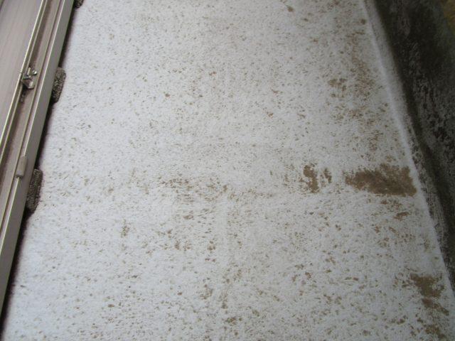 入間市 屋根・外壁塗装 現地調査 ベランダ汚れ