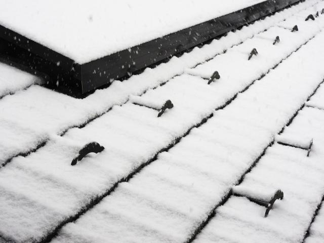 雪止め施工で落雪対策!
