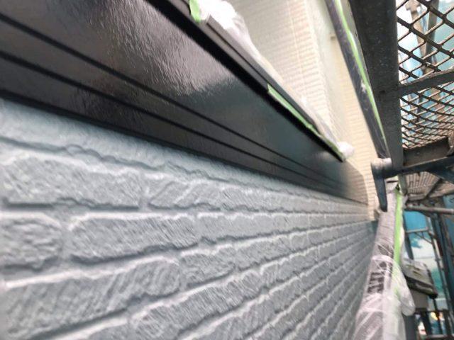 所沢市東所沢 屋根カバー、外壁塗装工事 無機系塗料 中塗り、上塗り作業 (10)