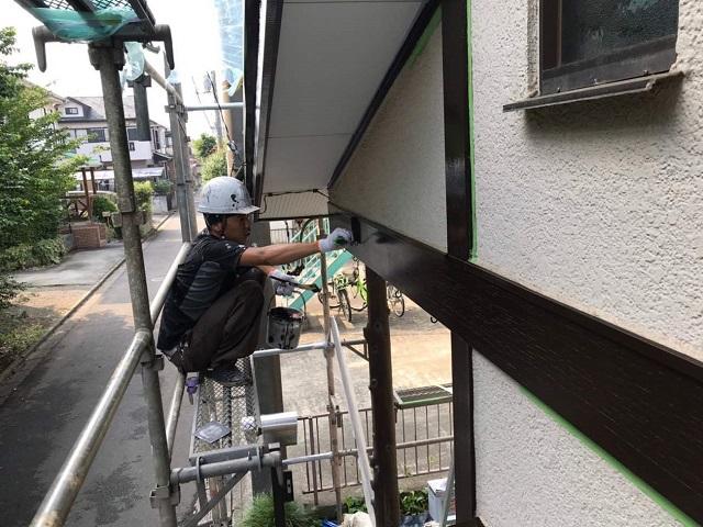 所沢市若狭 屋根葺き替え・カバー工事 付帯部塗装 破風・雨樋塗装作業3
