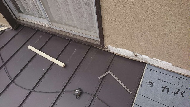 所沢市中新井 セキスイ瓦U屋根 葺き替え 立平葺き屋根 スタンビー