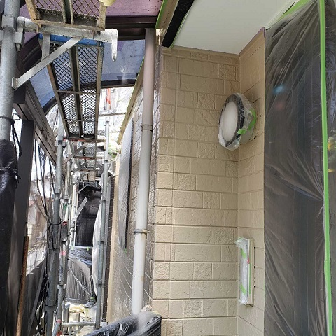 所沢市和ケ原 屋根カバー、天窓撤去、外壁塗装工事 外壁塗装 玄関周り