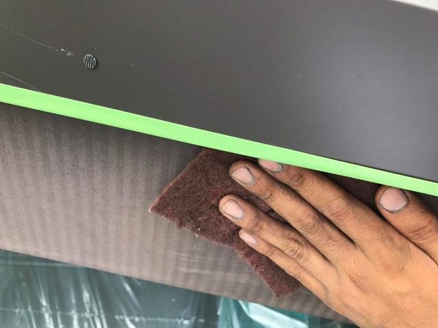 所沢市若狭 屋根葺き替え・カバー工事 付帯部塗装 破風ケレン作業2