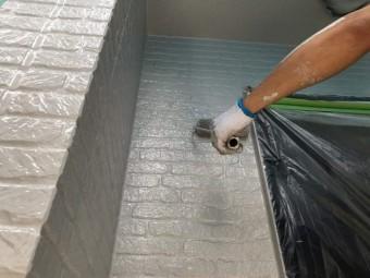 所沢市東所沢 屋根カバー、外壁塗装工事 無機系塗料 中塗り、上塗り作業 (3)