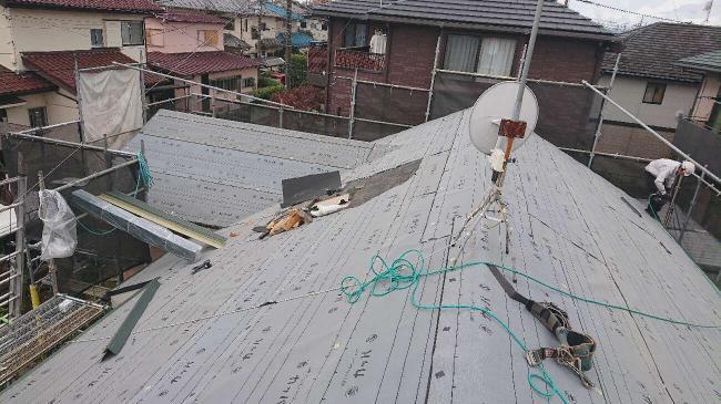 変換 ~ 入間市 屋根カバー 外壁塗装工事 屋根カバー防水紙、オークリッジ施工 (4)