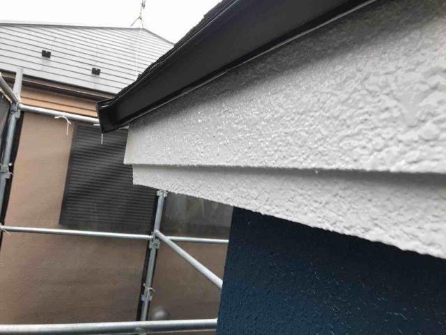 所沢市 小手指元町 屋根カバー 外壁塗装 破風、軒天 中塗り上塗り (6)