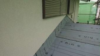 所沢市若狭 屋根葺き替え・カバー工事 下屋根 防水ルーフィングシート施工2