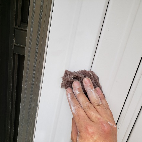 東京都東大和市 屋根葺き替え、外壁塗装工事 付帯部塗装 シャッタ-