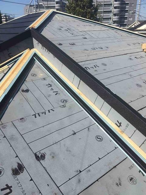 所沢市 北所沢 屋根葺替え 瓦屋根剥がし 防水ルーフィングシート施工2