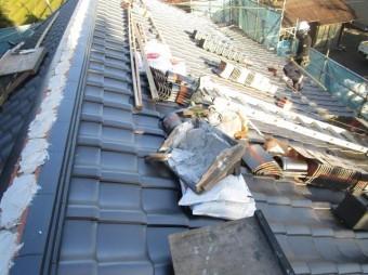 入間市宮寺 和型の瓦屋根から新東「極」へ瓦葺き替え工事 本棟取り