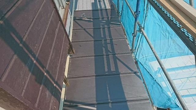 狭山市笹井 屋根カバー、葺き替え工事 外壁塗装 下屋根 瓦棒屋根葺き替え 縦平スタンビーフッ素施工