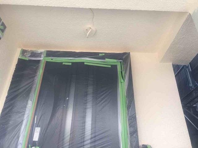 所沢市 北所沢 外壁塗装 玄関周り塗装作業