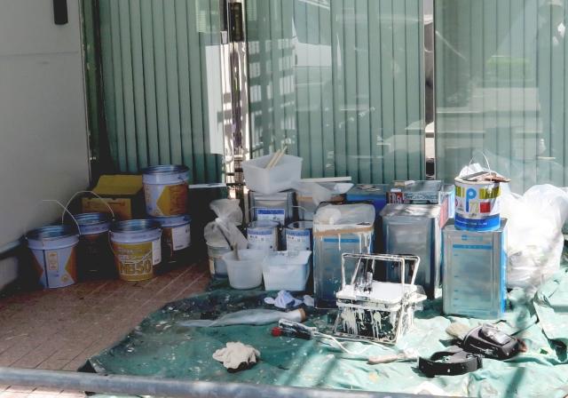 屋根塗装 外壁塗装 1液型 2液型 塗料の違い