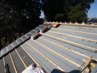 入間市宮寺 和型の瓦屋根から新東「極」への瓦葺き替え工事 瓦葺き