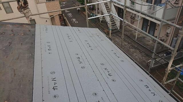 所沢市若狭 屋根葺き替え工事 防水ルーフィングシート施工