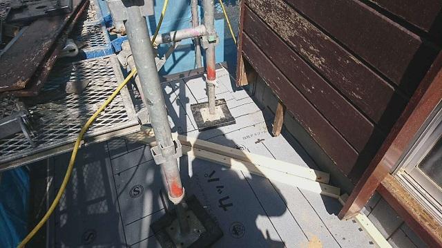狭山市笹井 屋根カバー、葺き替え工事 外壁塗装 下屋根 瓦棒屋根葺き替え 防水ルーフィングシート施工