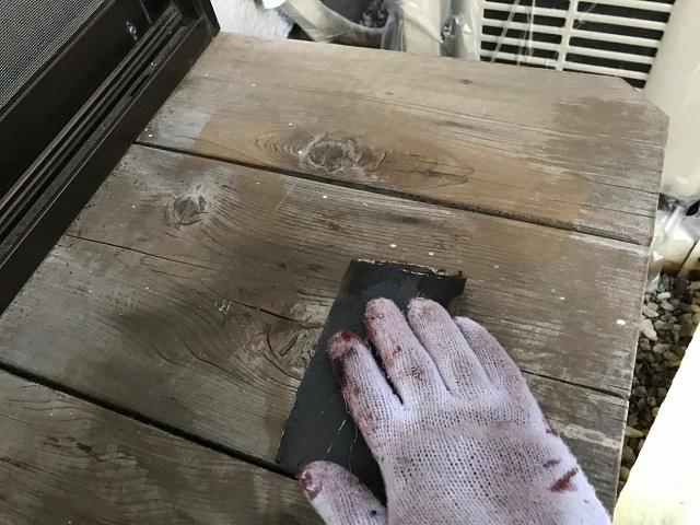 所沢市 北野南 付帯部塗装 濡れ縁 ケレン作業