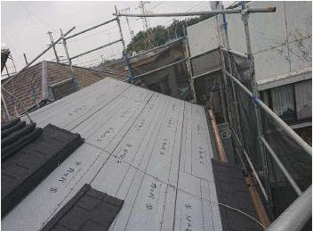 耐風性も高く超軽量な屋根材セネターでの屋根カバー工事 入間市