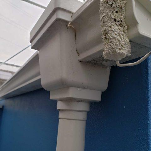 所沢市若狭 屋根・外壁塗装 雨樋塗装作業 (4)