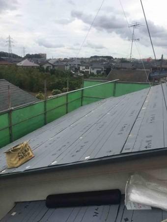 東京都東村山市 屋根カバー工事(セネター)、外壁塗装工事 ルーフィングシート施工1
