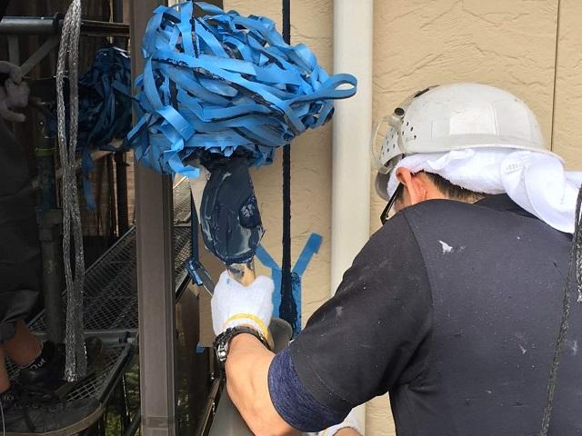 狭山市広瀬 屋根・外壁塗装 コーキング打ち替え作業3