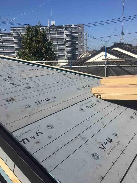 所沢市 北所沢 屋根葺替え 瓦屋根剥がし 防水ルーフィングシート施工