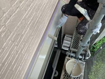 入間市 屋根・外壁塗装 付帯部 シャッターボックス塗装 (3)
