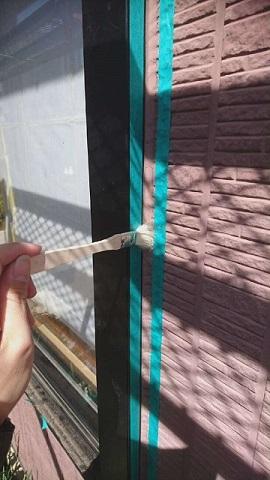 狭山市広瀬 外壁塗装 目地コーキングひび割れ補修