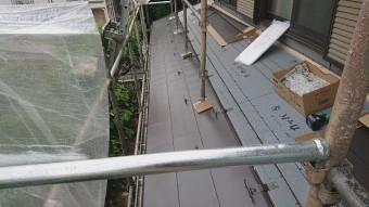 所沢市若狭 屋根葺き替え・カバー工事 下屋根 スーパーガルベスト施工