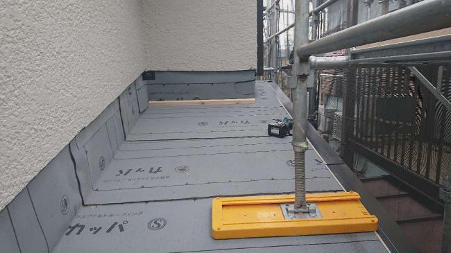傷んだ瓦棒屋根を葺き替えて防水性を高めるリフォーム 所沢市