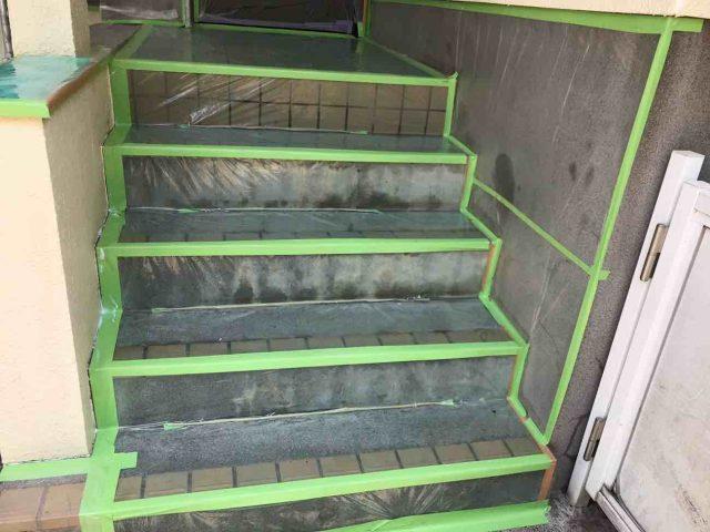 所沢市 小手指元町 屋根カバー 外壁塗装 下塗り 、養生作業 (4)