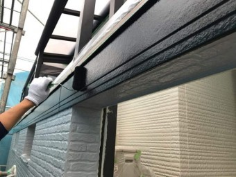 所沢市東所沢 屋根カバー、外壁塗装工事 無機系塗料 中塗り、上塗り作業 (14)