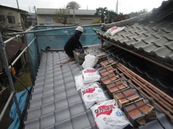 入間市宮寺 和型の瓦屋根から新東「極」へ瓦葺き替え工事 棟取り材料