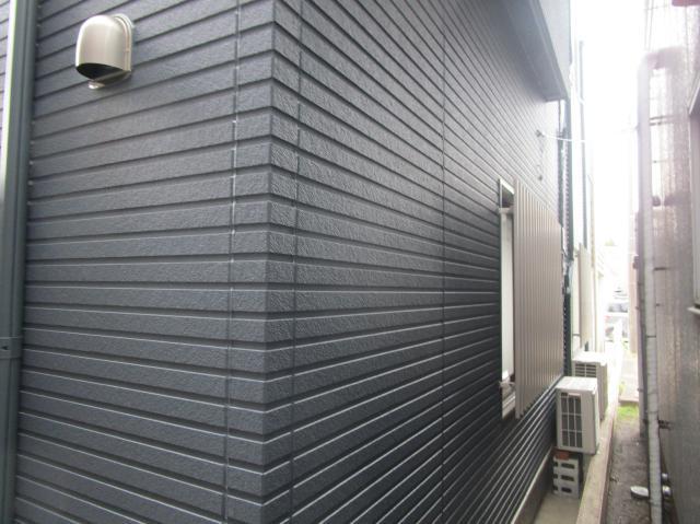 変換 ~ 所沢市 屋根葺き替え サイディング工事 施工後 (4)