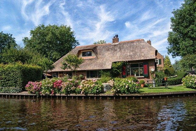 コラム 茅葺屋根 オランダ